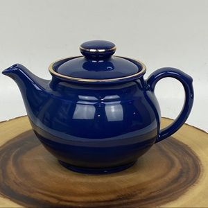 """🍀Cobalt Blue Teapot; Approximately 5"""" Tall w/Lid"""